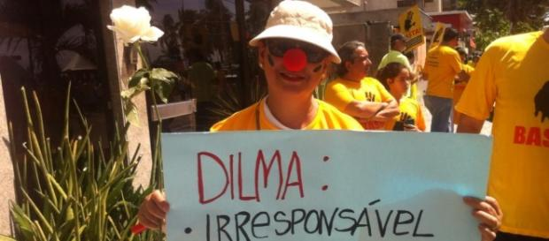 Brasileiros se voltam contra Dilma Rousseff