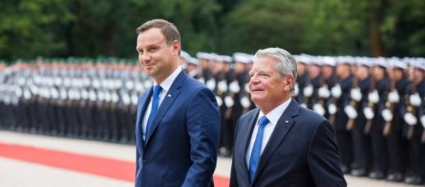Twarda polityka zagraniczna Andrzeja Dudy.