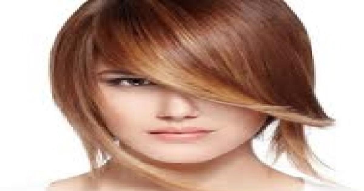 Tagli capelli asimmetrici estate 2015