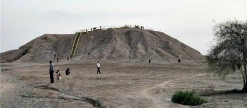 Imagen del Cerro de Mahtaj de Behbahan