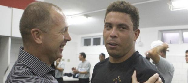 Mano e Ronaldo estiveram juntos no Corinthians