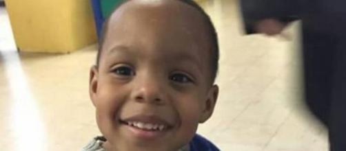 Elijah Walker morto a tiro nos Estados Unidos