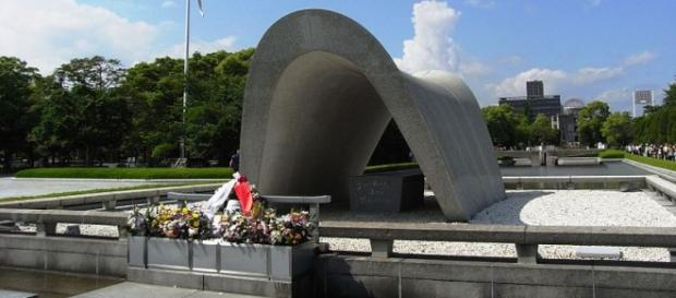 Monumento al ricordo: Hiroshima Cenotaph