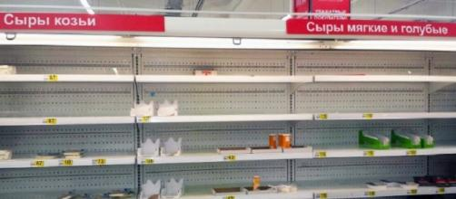 Il cibo scarseggia nei supermercati russi