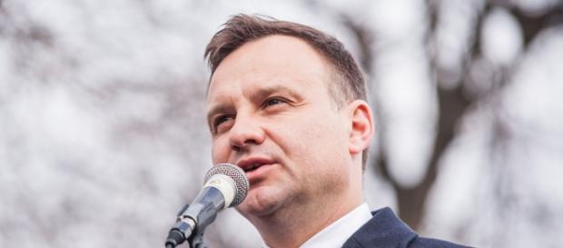 Prezydent Andrzej Duda podczas przemówienia.