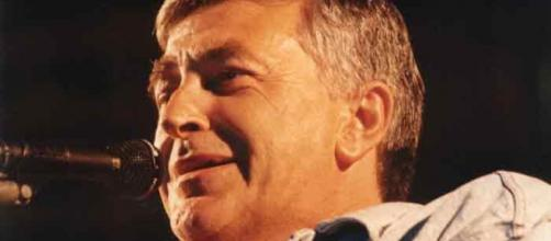 Il cantautore Pierangelo Bertoli, morto nel 2002