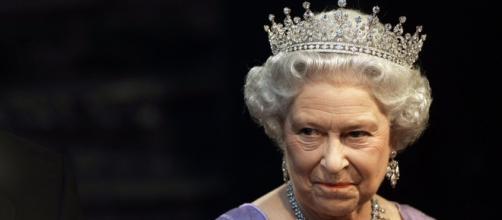 L'Isis vuole uccidere la Regina Elisabetta