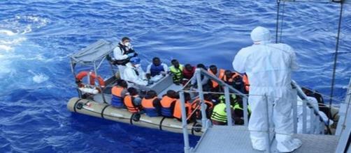Il recupero in mare dei migranti