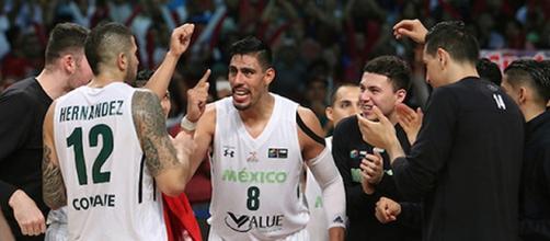 Ayon y Hernández, protagonistas de la victoria
