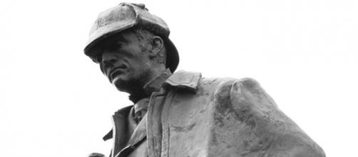 Estatua de Sherlock Holmes en Edimburgo.