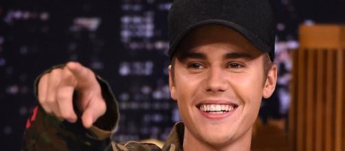 Justin Bieber mudou o seu visual.