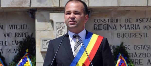 Laurenţiu Neghina, ex primarul Oneştiului