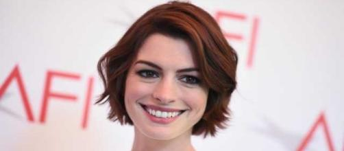 Anne Hathaway sarebbe troppo vecchia per Hollywood