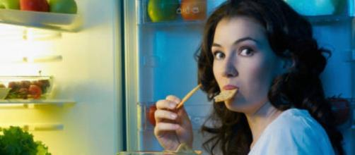 Comer muito bem à noite = sobrepeso. Foto: Brito