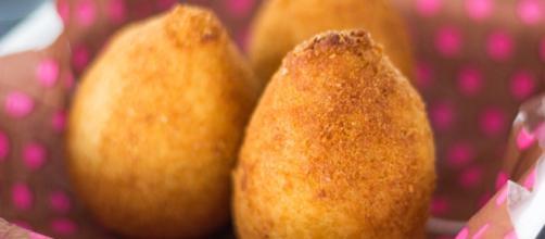 Massa da coxinha é feita com batata doce