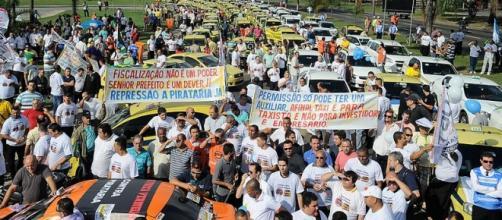 Taxistas brasileiros já fizeram vários protestos.