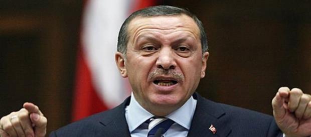 Erdoğan se află de ani buni în război cu presa