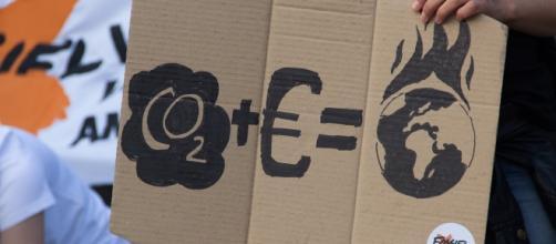 Economia influencia no aquecimento global