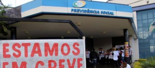 Servidores do INSS estão parados há 60 dias