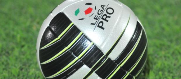 Il Lecce vince contro la Juve Stabia.
