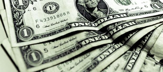 Previsões indicam que moeda valerá mais que R$4,00