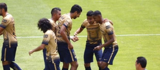 Pumas es líder y anotó el gol 3 mil en Primera