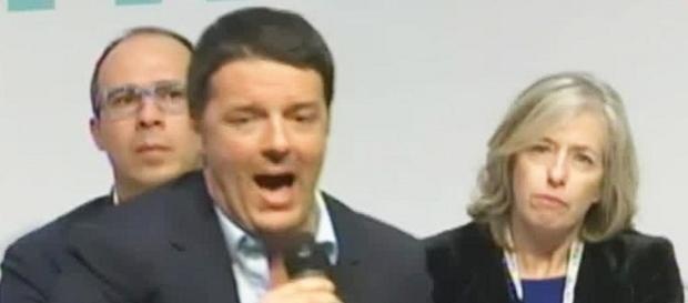 Scuola, primo giorno: Renzi e Giannini