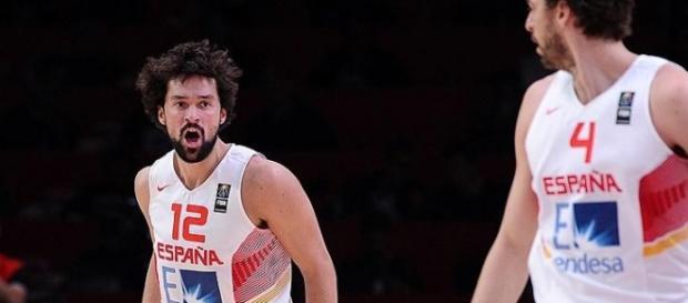 Sergio Lull en el partido frente a Grecia