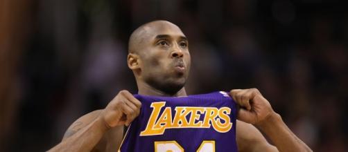 Kobe irá jogar sua última temporada nos Lakers