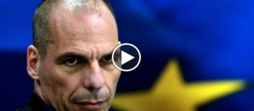 Varoufakis attacco diretto a Renzi