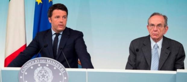 Renzi e Padoan, riforma pensioni rinviata
