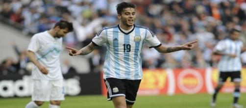 Ricky Álvarez poderá assinar pelo FC Porto.