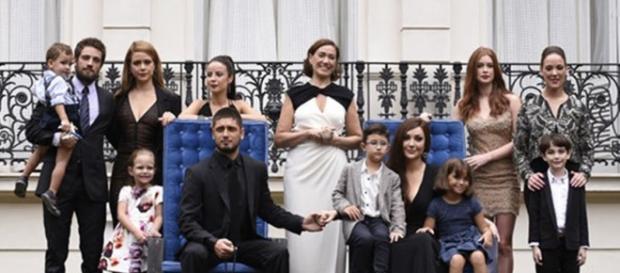 A foto da família Medeiros tirada oito anos depois