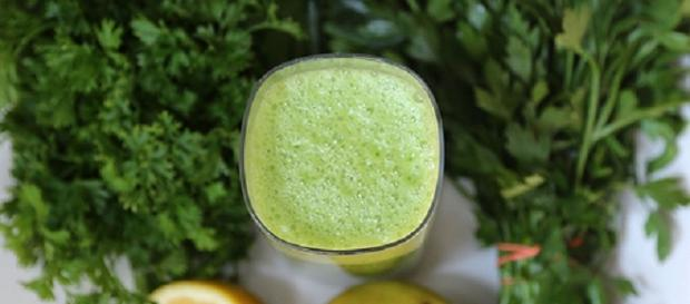 Zielony koktajl pełen witamin i żelaza