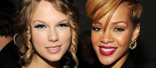 As duas cantoras não são grandes amigas.