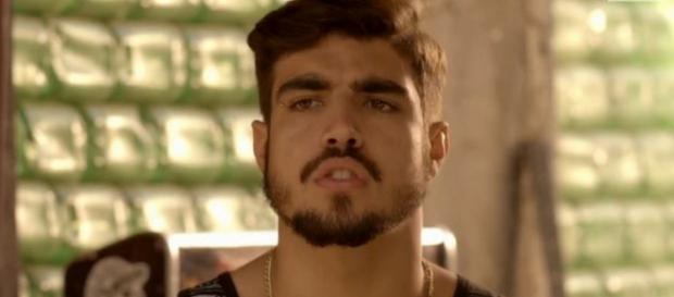Grego fecha favela e diz que fará banho de sangue