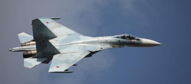 Myśliwiec Su-27SM3 na pokazach lotniczych w Rosji