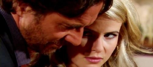 Ridge decide di lasciare Caroline