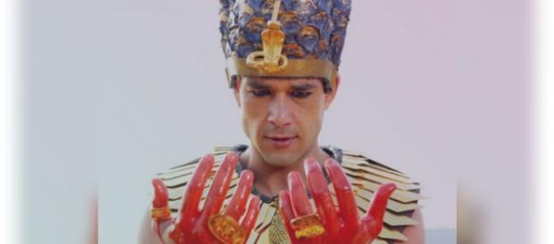 Sérgio Marone é Ramsés, o rei do Egito