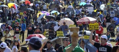 Manifestação na Esplanada dos Ministérios
