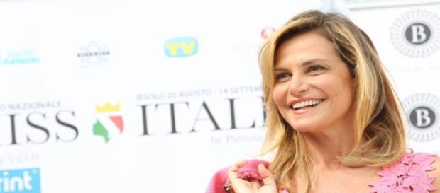 Simona Ventura, la conduttrice di Miss Italia