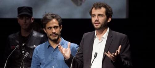 Jonas Cuarón, recogiendo su premio en Toronto