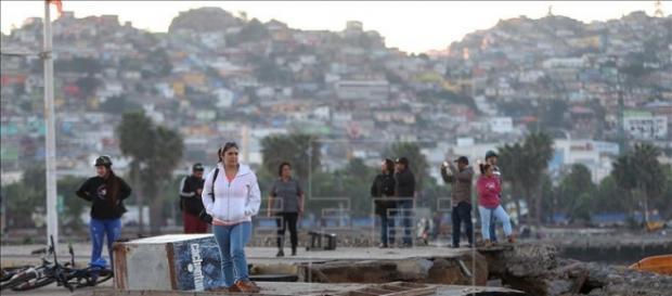 Chile sofre hoje com terremoto e tsunami.