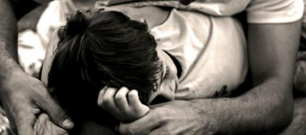 Copil de 12 ani abuzat de un tip de 49 de ani