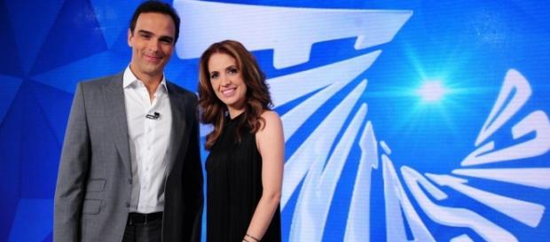 Globo faz matéria falando mal da Universal