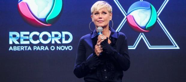 Record colocará outro apresentador com Xuxa