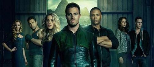 Oliver, John Diggle y Felicity listos para volver.
