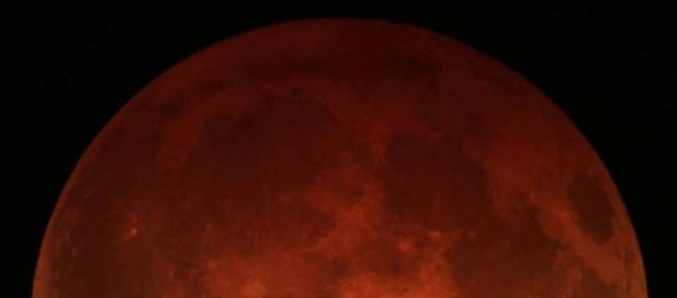 El eclipse lunar hará que veamos una luna rojiza