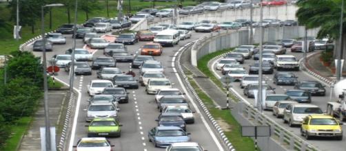 El tráfico es solo uno de los problemas del auto