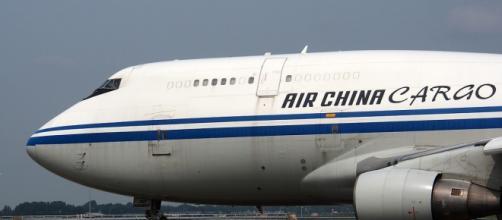 I cinesi aumentano l'export e i viaggi